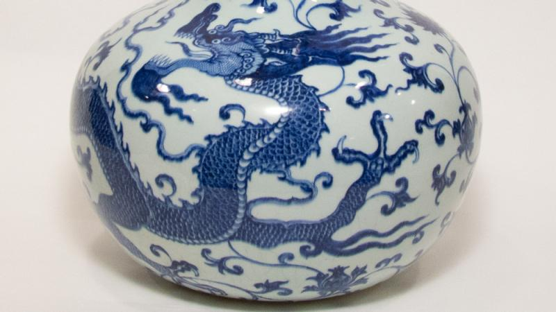 Detail of blue-and-white globular dragon vase (Tianqiuping), Qing Dynasty, Jiaqing (1796–1820) or Daiguang (1820–1850) period. Porcelain with enamel. Gift of the Class of 1908. 1966-14-1
