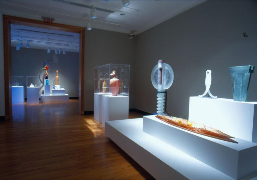 Eye, Form, Symbol: The Jon and Judith Liebman Collection of Contemporary Sculpture in Glass, installation at Krannert Art Museum, 2005.