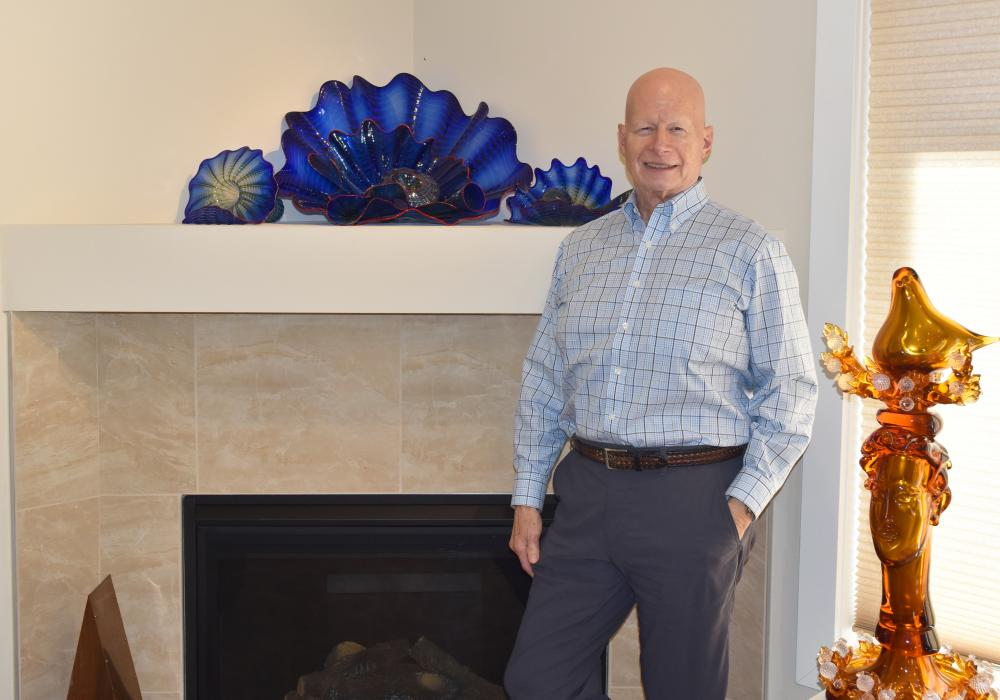 Krannert Art Museum donor and art collector Len Lewicki at home in Seattle, 2018.