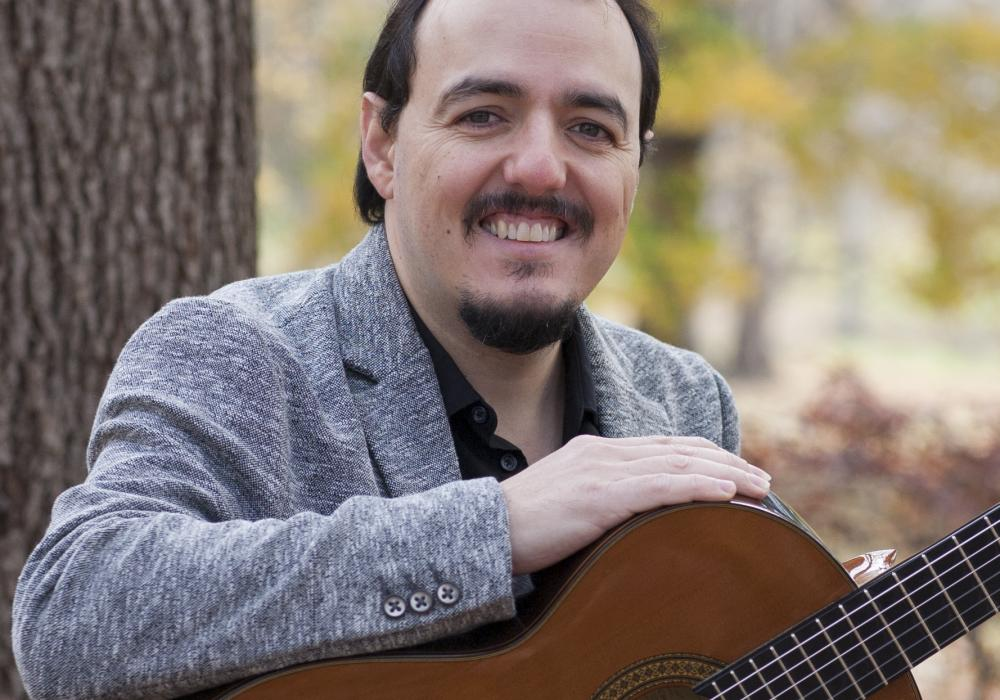 Guido Sanchez-Portuguez, faculty in Guitar