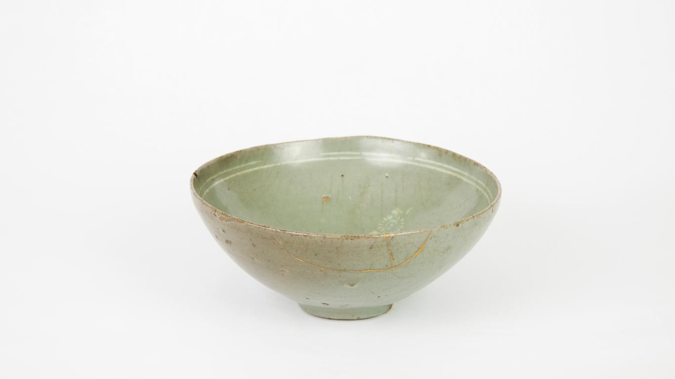 Celadon bowl, Korean, Goryeo (Koryo) Dynasty, 918–1392. Ceramic with gold repair. Gift of Barbara B. Camp 1997-17-2
