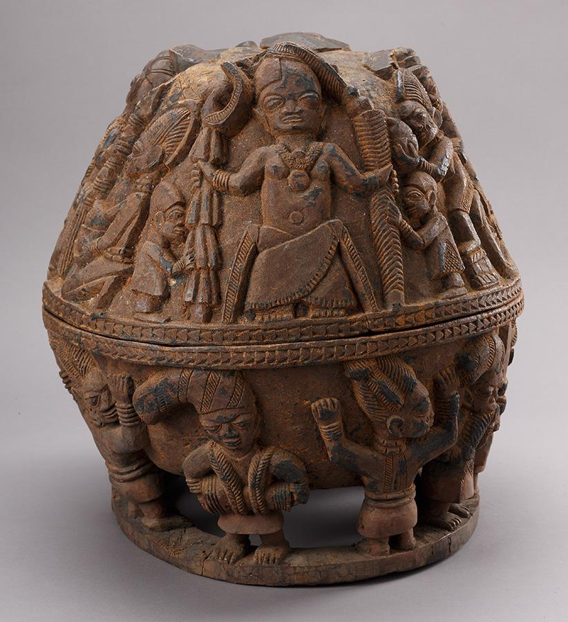 Attributed to Areogun of Osi Ilorin, Bowl for Divination Implements (Opon Igede Ifa), early 20th century. Wood.  Gift of Richard J. Faletti Family Collection 2001-16-24/a