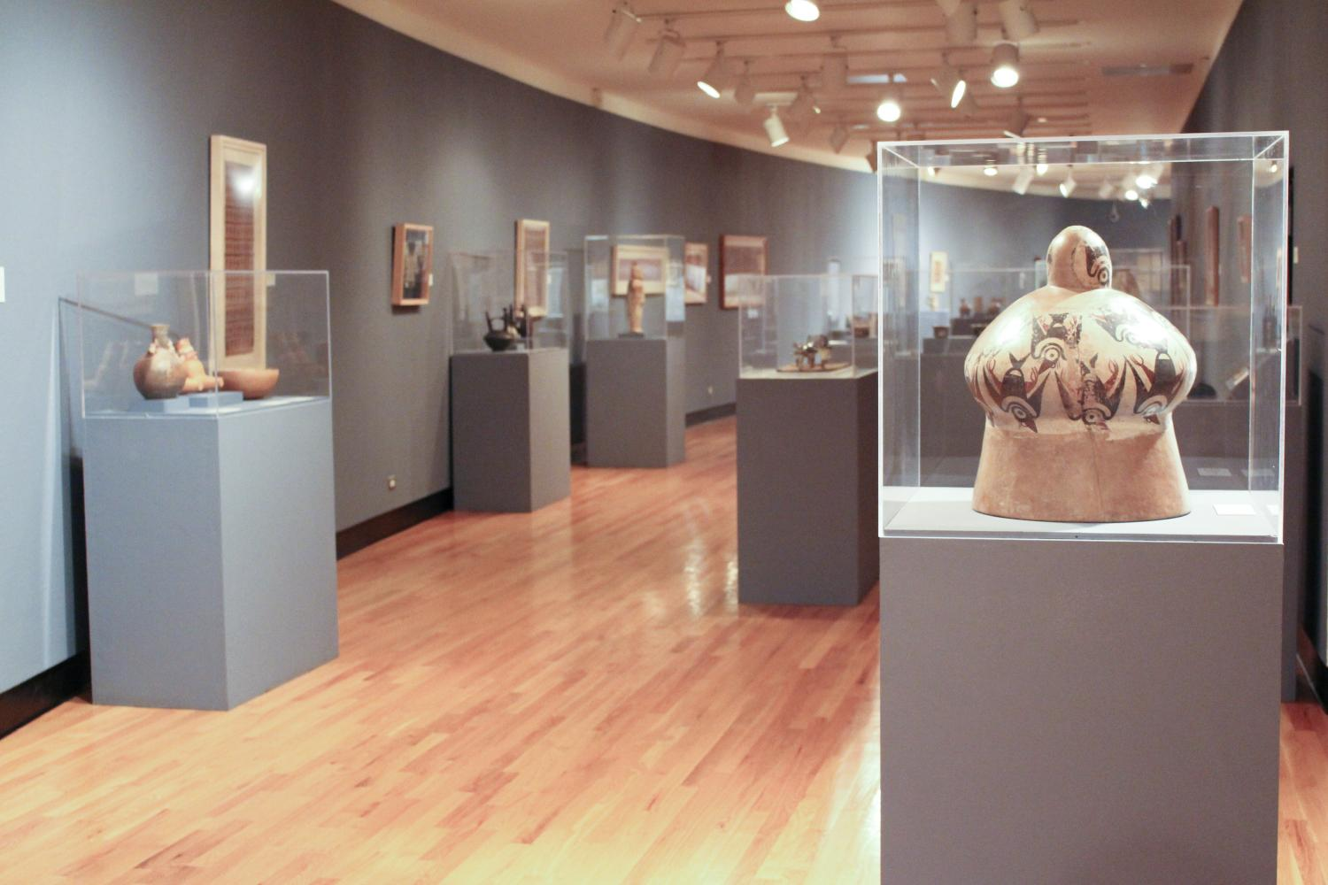 Arts of the Ancient Andes, installation at Krannert Art Museum, 2014.