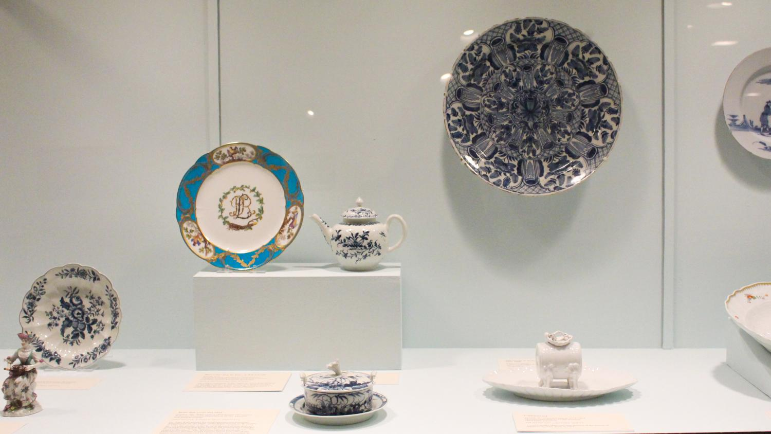 Moore Gallery of Decorative Arts, 2014. Photo by Julia Nucci Kelly
